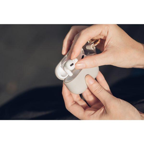 Moshi Pebbo – Etui AirPods Pro z odpinanym paskiem na rękę (Savanna Beige)